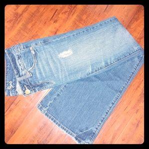 American Eagle Favorite Boyfriend Jeans 👦